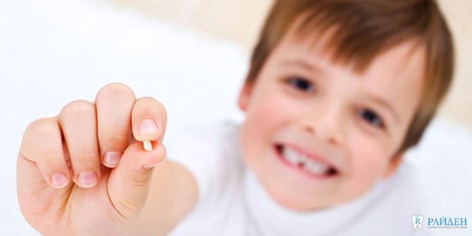 Лечение молочных зубов СПб
